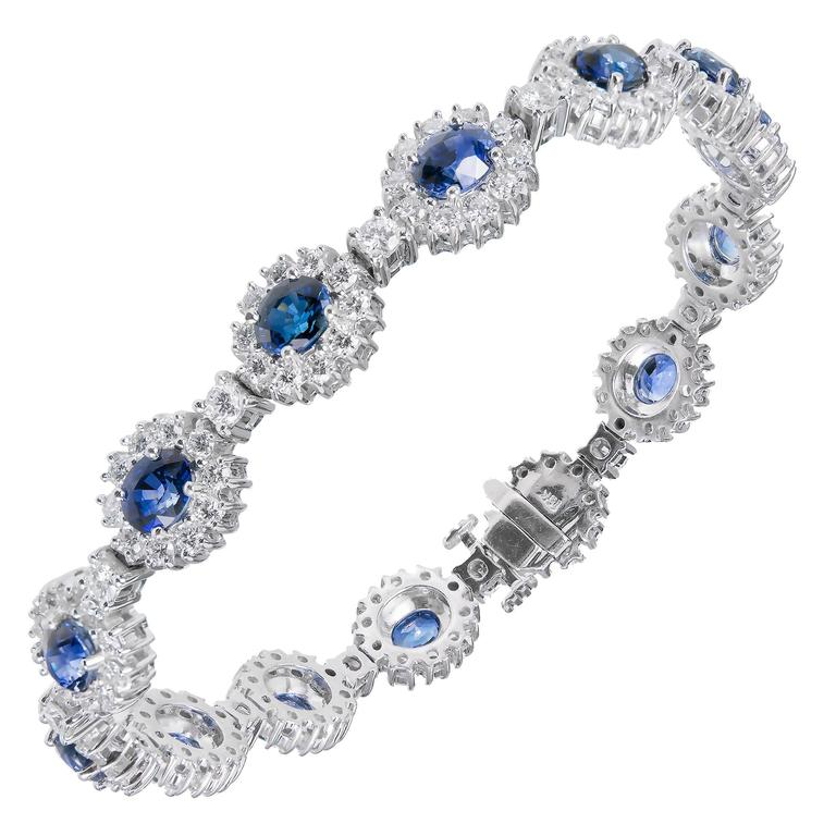 7.90 Carat GIA Certified Blue Sapphire Diamond Halo Gold Bracelet