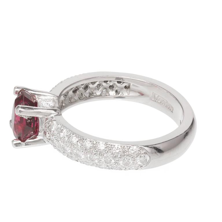 Mondera GIA Certified 1.59 Carat Red Spinel Diamond Platinum Engagement Ring In Good Condition For Sale In Stamford, CT