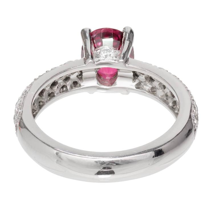 Women's Mondera GIA Certified 1.59 Carat Red Spinel Diamond Platinum Engagement Ring For Sale