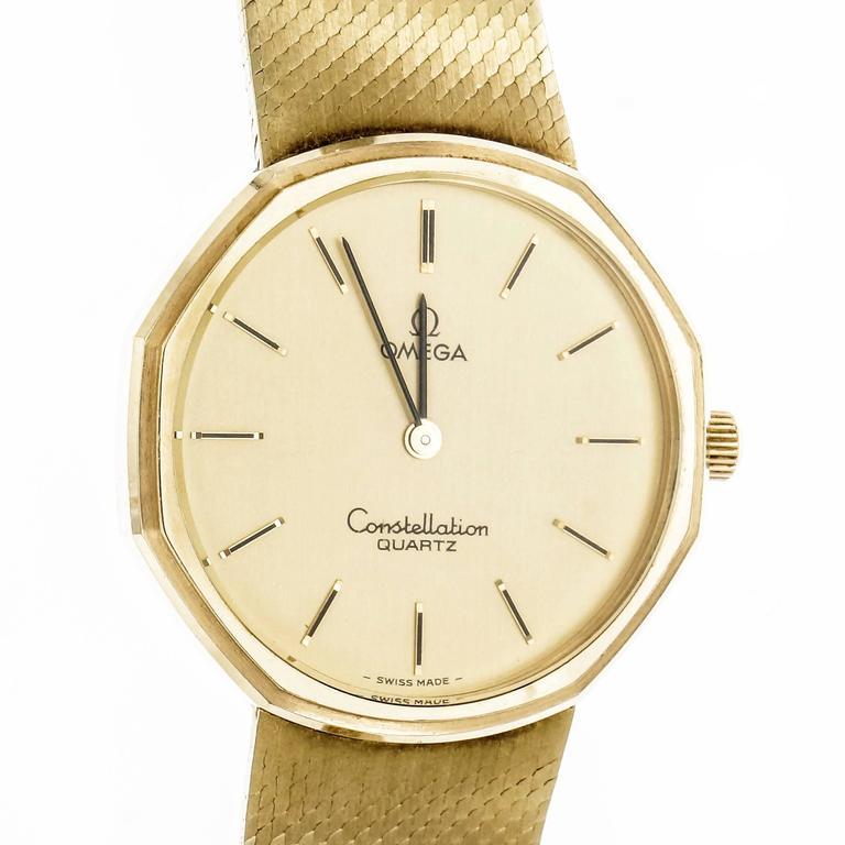 Women's Omega Yellow Gold Constellation Mesh Band Quartz Wristwatch For Sale
