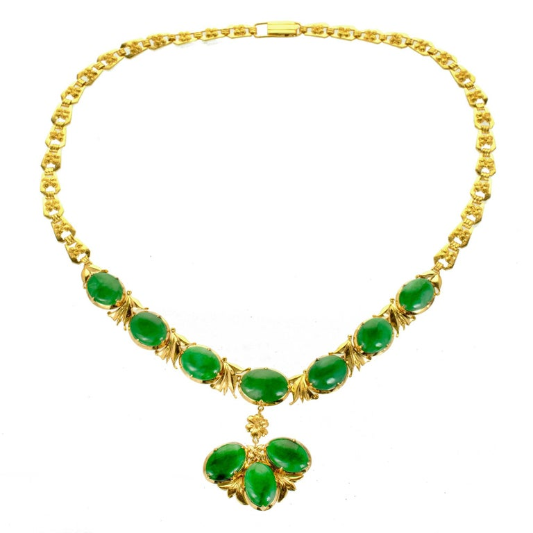 d678d329b7b1 Gia Certified Natural Bright Green Jadeite Jade Gold Necklace At 1stdibs