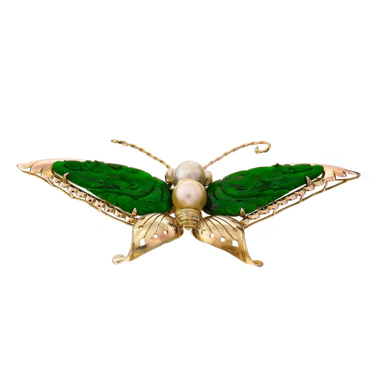 GIA Certified Carved Omphacite Jade Pearl Gold Butterfly Brooch For Sale 1