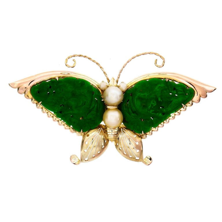 GIA Certified Carved Omphacite Jade Pearl Gold Butterfly Brooch For Sale