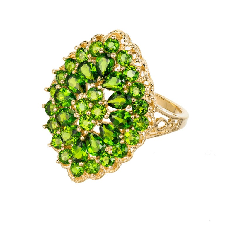 3.00 Carat Tsavorite Garnet Gold Cluster Cocktail Ring For Sale