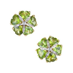 15.00 Carat Heart Shaped Peridot White Diamond Gold Clip Post Earrings