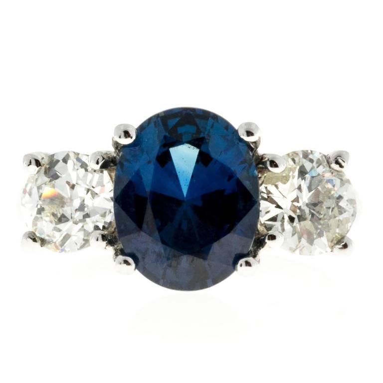Peter Suchy Cornflower Blue Sapphire Diamond Three Stone Platinum Ring 2