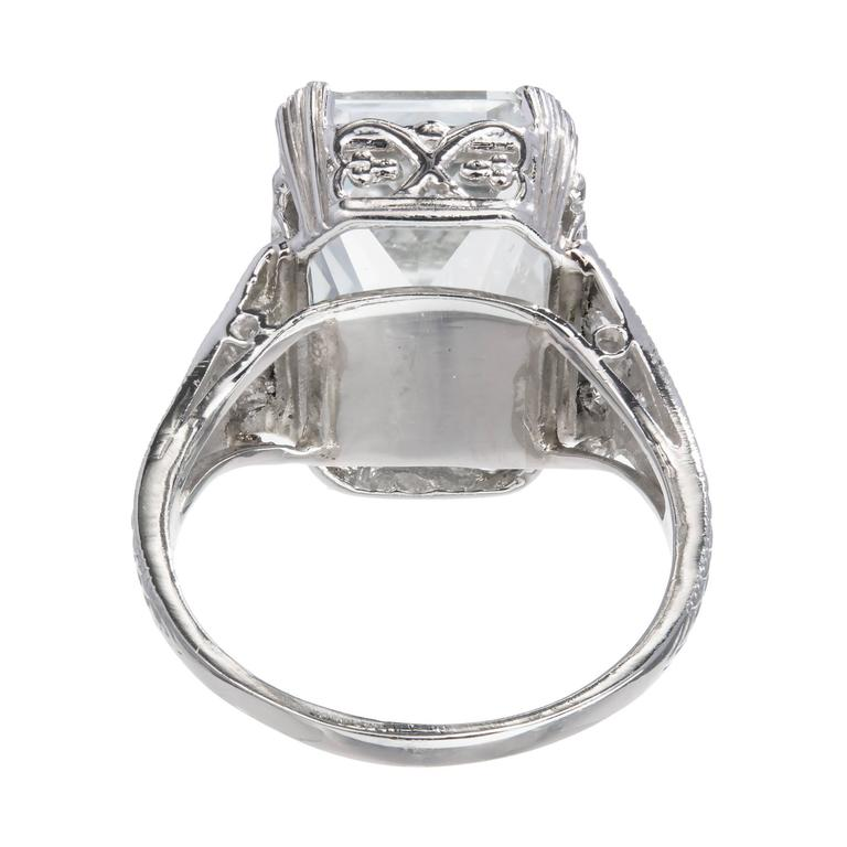 Art Deco Natural Aquamarine Diamond Platinum Ring In Good Condition For Sale In Stamford, CT