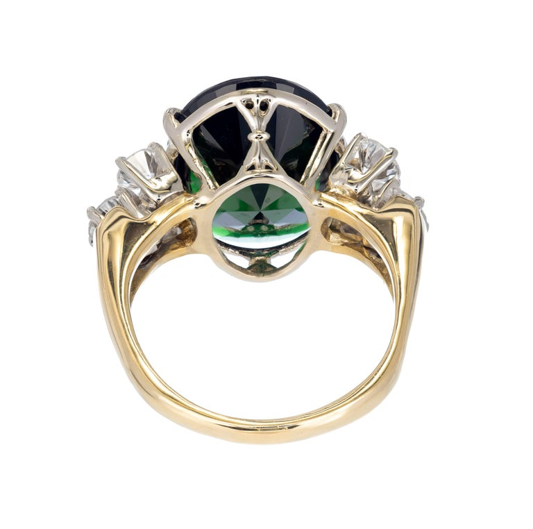 8.50 Carat Deep Green Tourmaline Diamond Gold Cocktail Ring In Good Condition For Sale In Stamford, CT