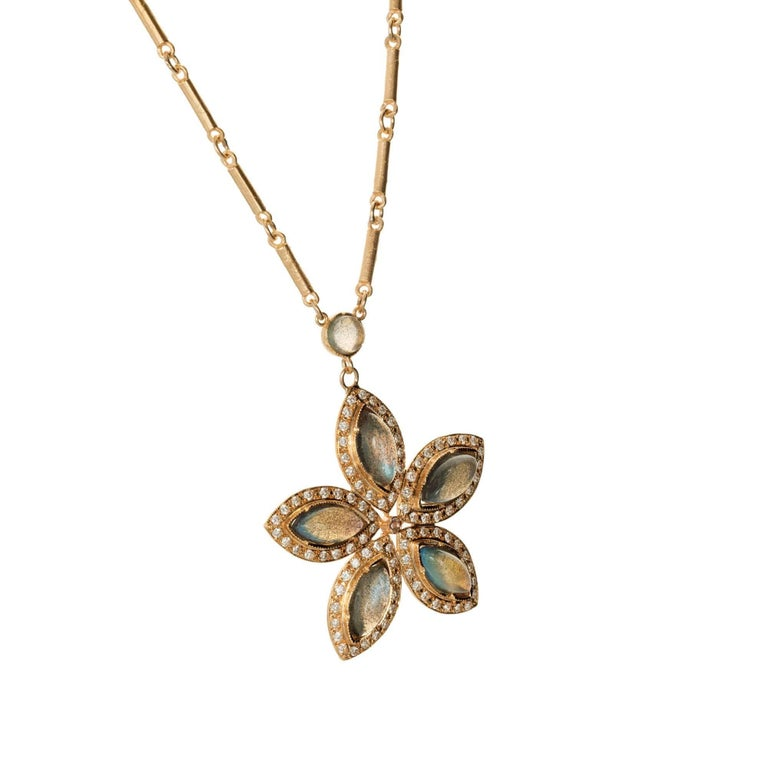 Irene Neuwirth Labradorite Diamond Rose Gold Pendant Necklace In Good Condition For Sale In Stamford, CT