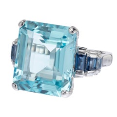 17.88 Carat Aquamarine Sapphire White Gold Cocktail Ring