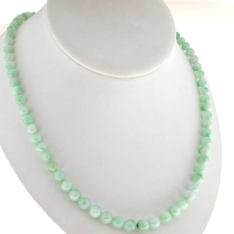 Untreated Light Green Jadeite Jade Yellow Gold Necklace 8