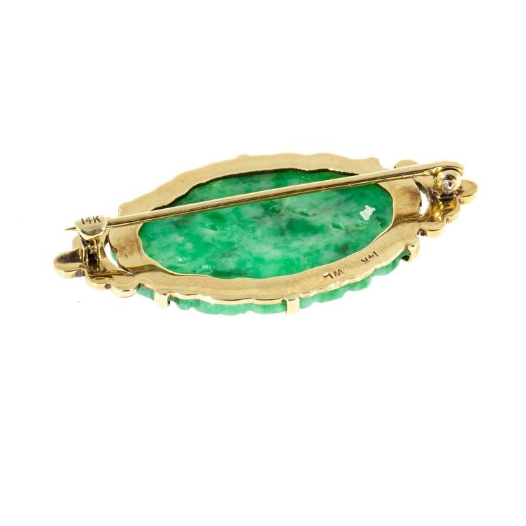1940s Natural Carved GIA Cert Jadeite Jade Enamel Gold Pin In Good Condition For Sale In Stamford, CT