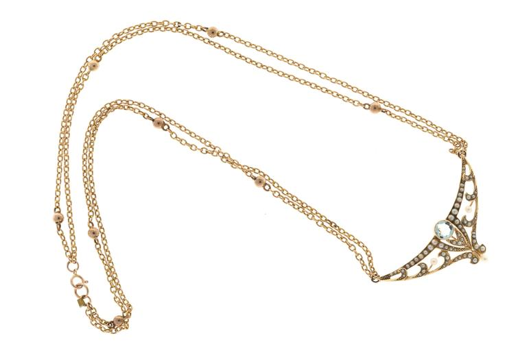 Aquamarine Pearl Gold double chain Pendant Necklace In Good Condition For Sale In Stamford, CT