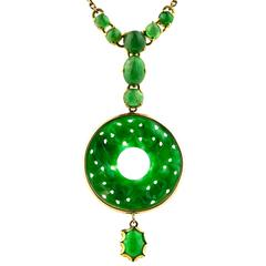 Fine Burmese Vintage Jadeite And14 Karat Yellow Gold Pendant Necklace