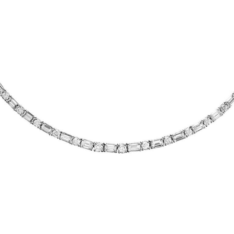 Renesim 16.6 Carats Emerald Cut Diamond Gold Collier Necklace 2