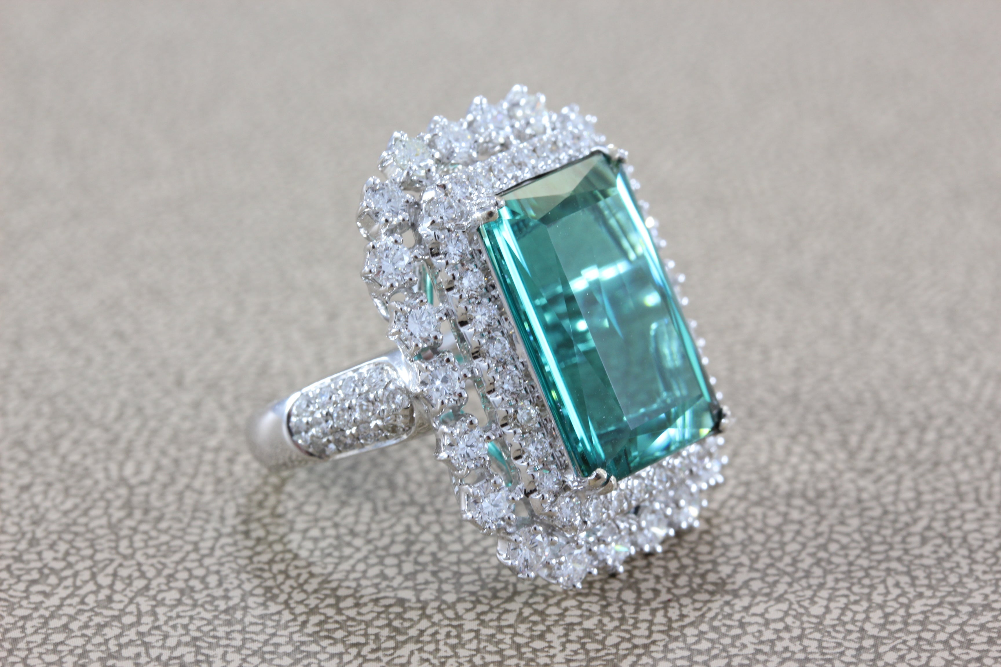 of green crop flower emeralds diamonds with royal gold blue edit diamond ring and white shaped catalog