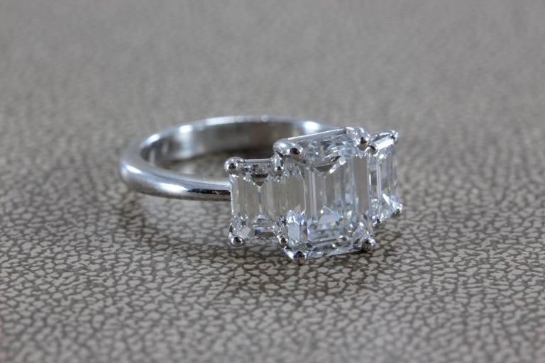 2.28 Carat Diamond Emerald Cut E/VVS Platinum Engagement Ring In As New Condition For Sale In Beverly Hills, CA