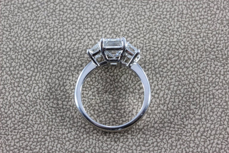 2.28 Carat Diamond Emerald Cut E/VVS Platinum Engagement Ring For Sale 2