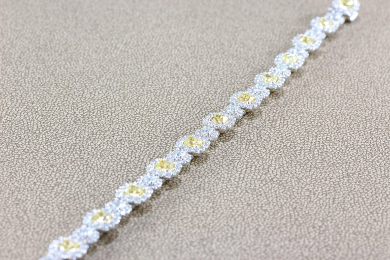 Fancy Yellow White Diamond Gold Tennis Bracelet In New Condition For Sale In Beverly Hills, CA