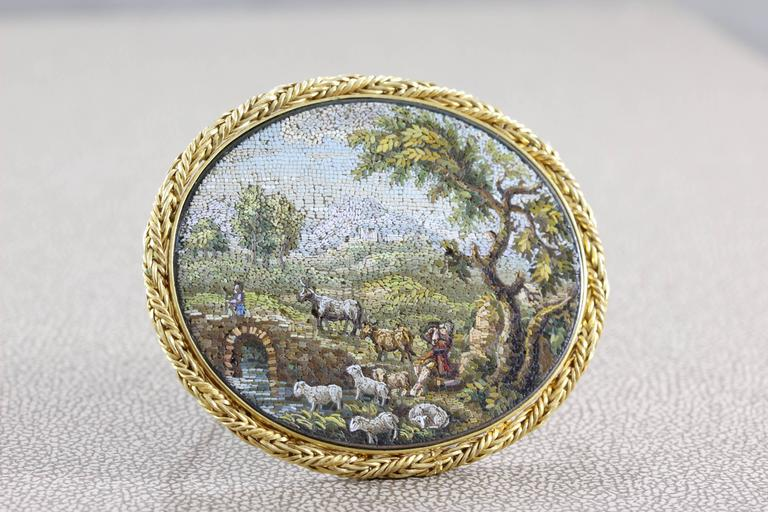 Victorian Hardstone Micro Mosaic Gold Brooch In Excellent Condition For Sale In Beverly Hills, CA
