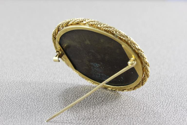 Women's or Men's Victorian Hardstone Micro Mosaic Gold Brooch For Sale
