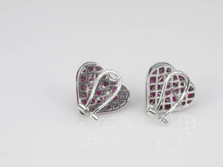 Ruby Diamond Gold Heart Stud Earrings In New Condition For Bangkok Th