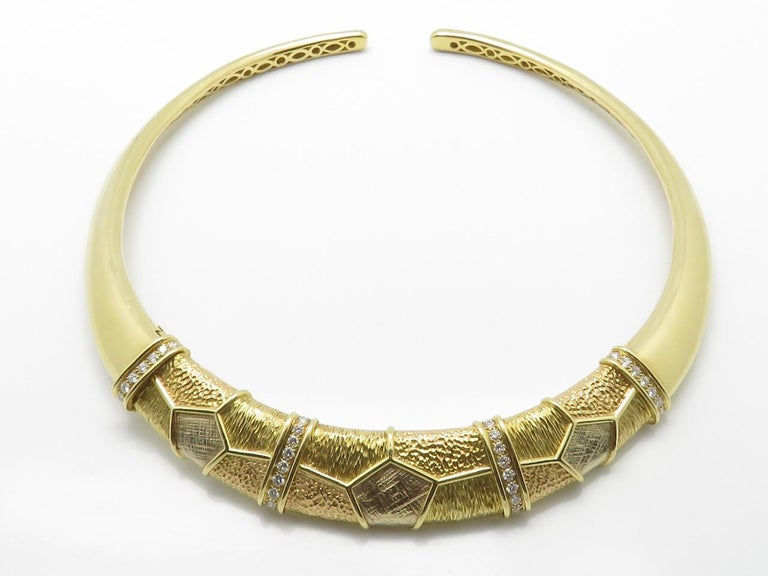 Van Cleef & Arpels Diamond Three Gold Necklace-Bracelet In Excellent Condition For Sale In Beziers, FR