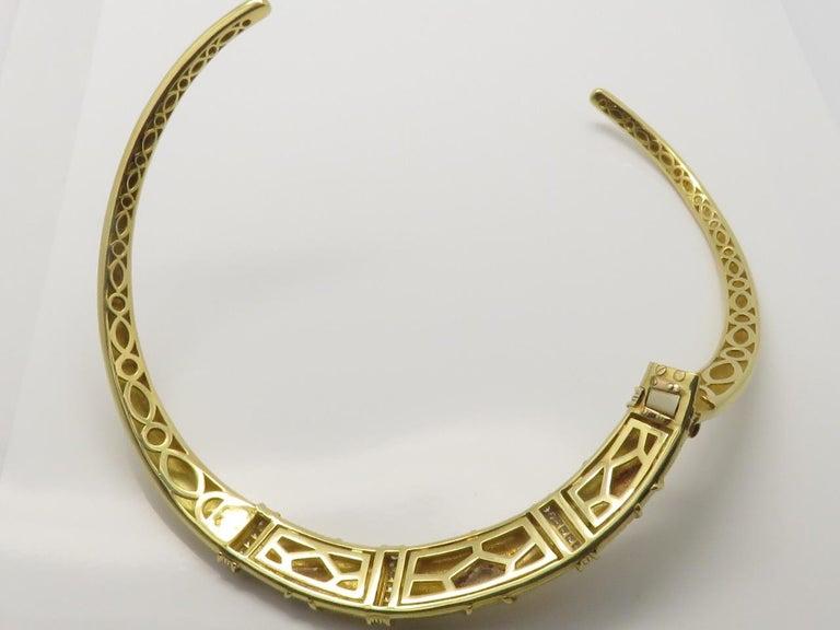 Women's or Men's Van Cleef & Arpels Diamond Three Gold Necklace-Bracelet For Sale