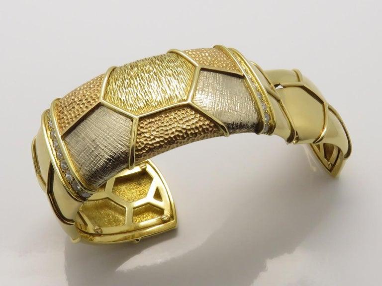 Van Cleef & Arpels Diamond Three Gold Necklace-Bracelet For Sale 6