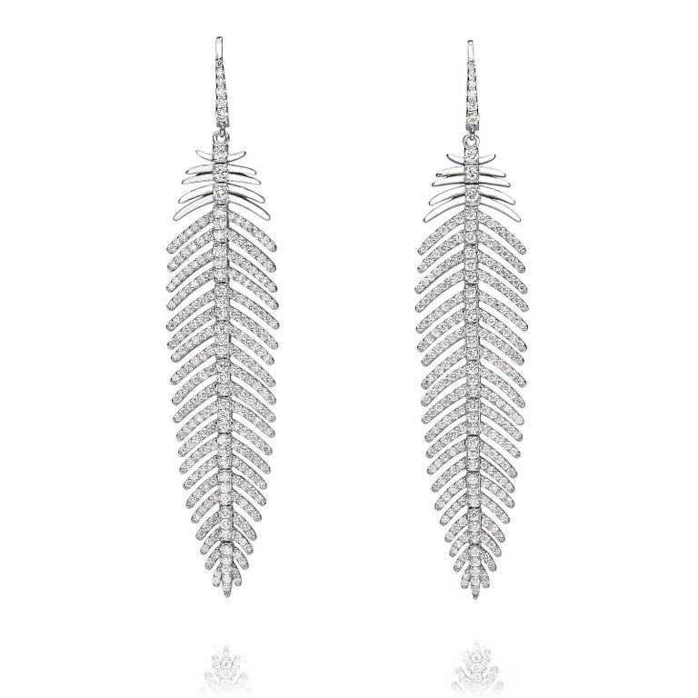 5.55 Carat Diamonds Feather Dangle Pendent and Earring Set 4