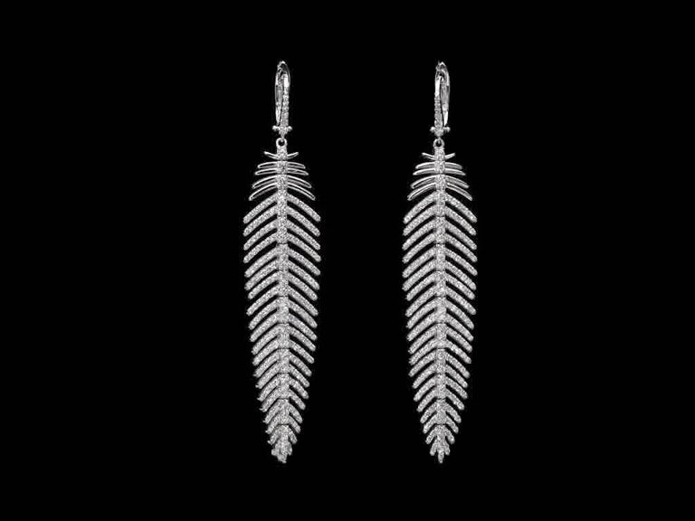 5.55 Carat Diamonds Feather Dangle Pendent and Earring Set 5