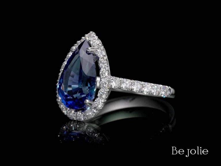 3.53 Carat Pear Shape Blue Sapphire and Diamond  Engagement Ring For Sale 1