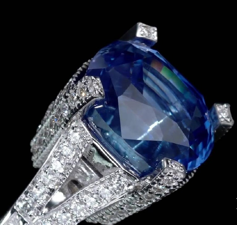 Art Deco 11.01 Carat Blue Sapphire and Diamond engagement Ring, GRS Certified For Sale