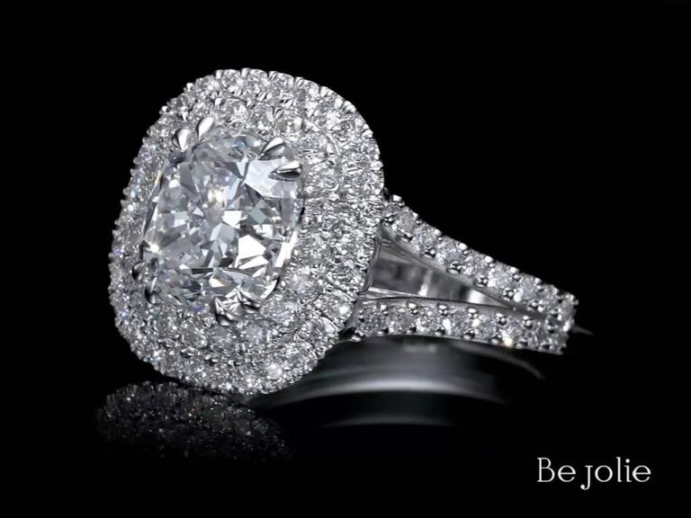 3.28 Carat Cushion Cut Diamond Halo Engagement Ring GIA Certified E / VS1 In New Condition For Sale In New York, NY