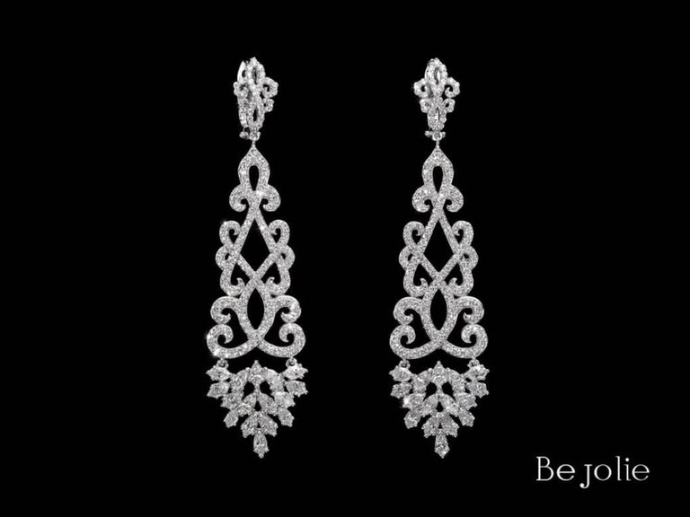 Women's or Men's 4.22 Carat Dangling Diamond Chandelier Earrings For Sale