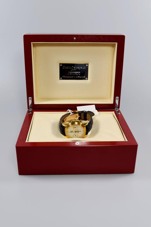 Girard-Perregaux Chronographe à Rattrapante FERRARI Yellow Gold In As New Condition For Sale In Switzerland, CH
