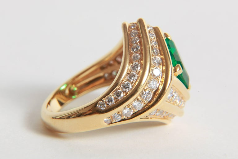 18K Yellow gold, Emerald 1,23 carats and Diamond Ring by Marion Jeantet For Sale 1