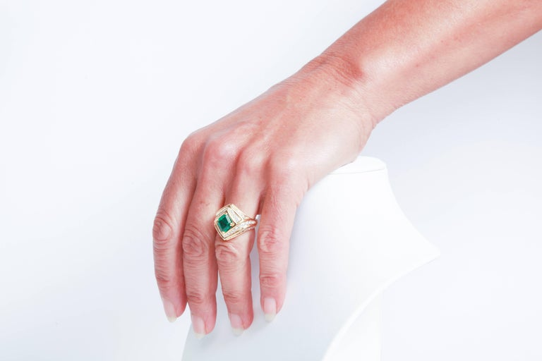 18K Yellow gold, Emerald 1,23 carats and Diamond Ring by Marion Jeantet For Sale 4