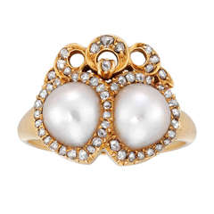 Late Victorian Pearl Diamond Gold Twin Heart Cluster Ring