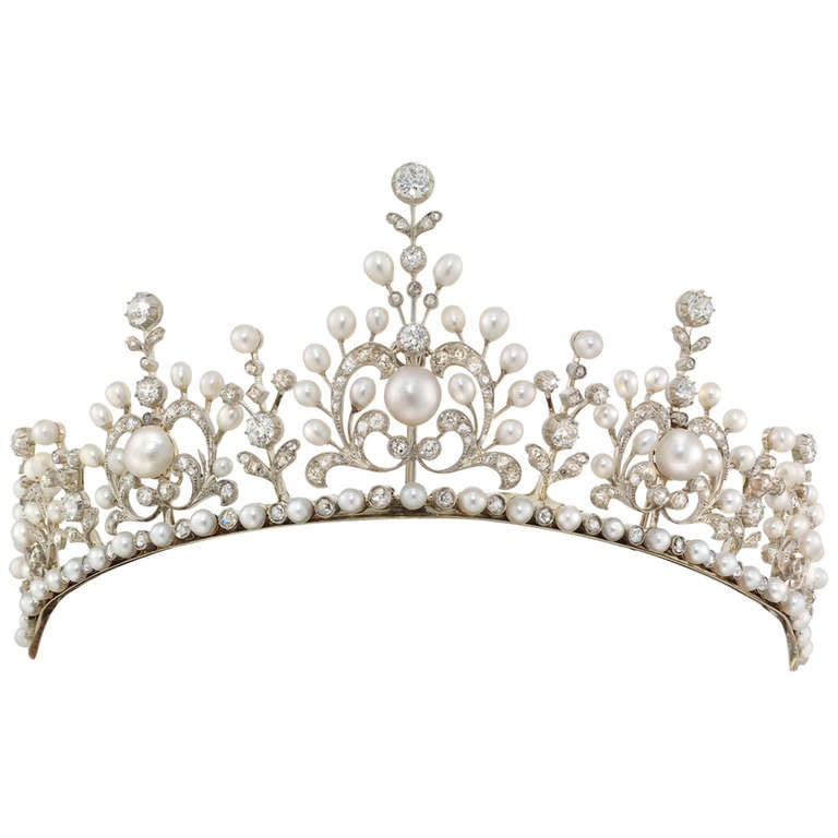a2f56b157 Fine Victorian Natural Pearl and Diamond Tiara Necklace at 1stdibs