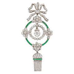 Edwardian Emerald Diamond Platinum Drop Pendant Necklace