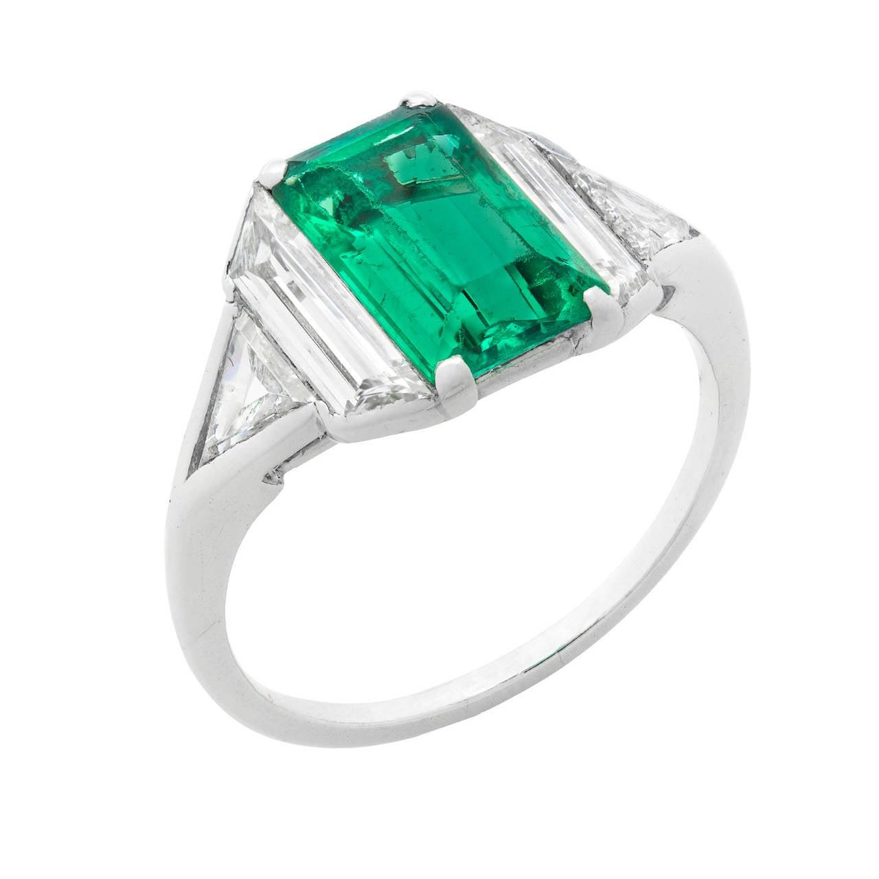 Art Deco Emerald Diamond Platinum Ring 2