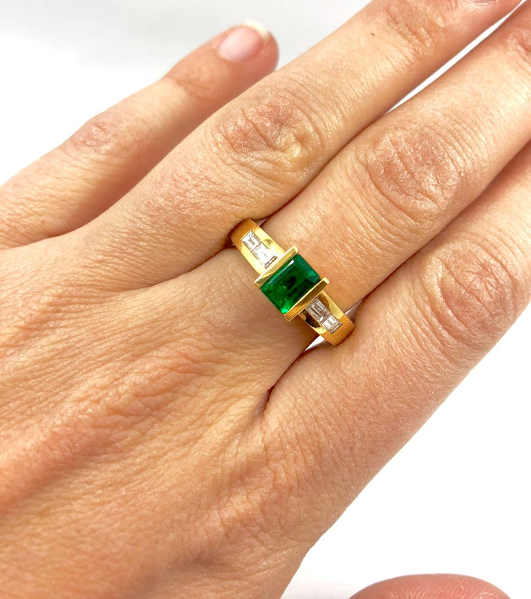 G.Minner Emerald Diamond Gold Ring In New Condition For Sale In Colmar, FR