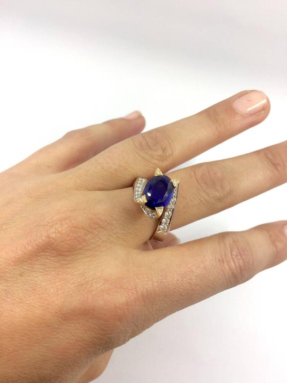 5.14 Carat Unheated Burma Royal Blue Sapphire Diamond Gold Ring In New Condition For Sale In Colmar, FR