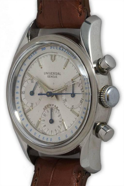 Universal Geneve Stainless Steel Doctors Pulsation Chronograph Manual Watch  In Excellent Condition For Sale In Venice, CA
