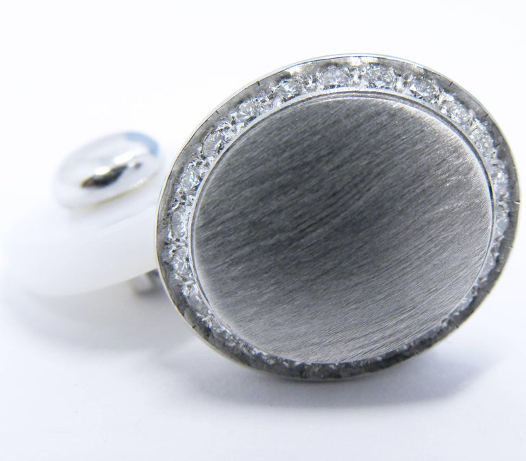 Round Cut Berca White Diamond 18k Oval Hand Brushed White Gold White Agate Back Cufflinks For Sale