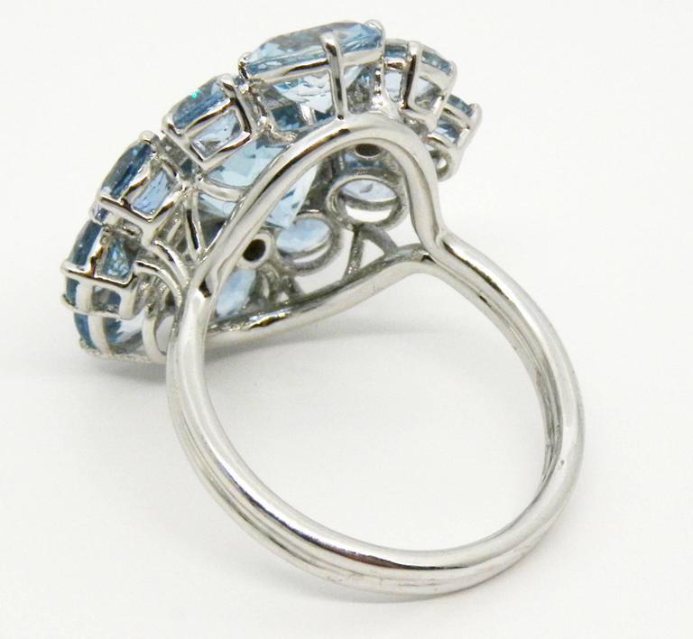 7.92 Carat Natural Brazilian Aquamarine Diamond Gold Ring For Sale 1