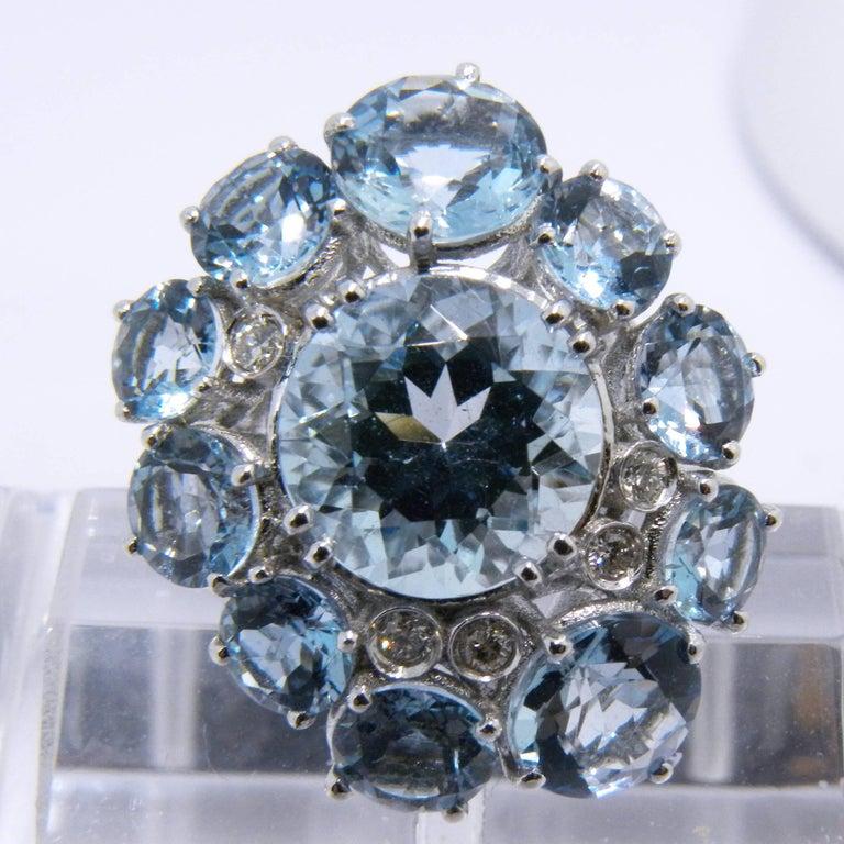 Modern 7.92 Carat Natural Brazilian Aquamarine Diamond Gold Ring For Sale