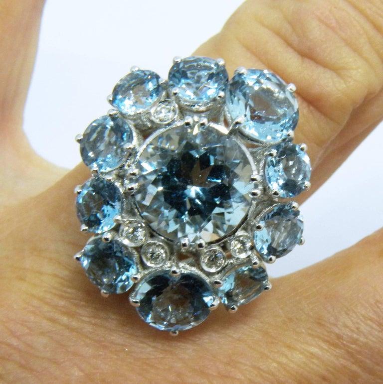 7.92 Carat Natural Brazilian Aquamarine Diamond Gold Ring For Sale 2