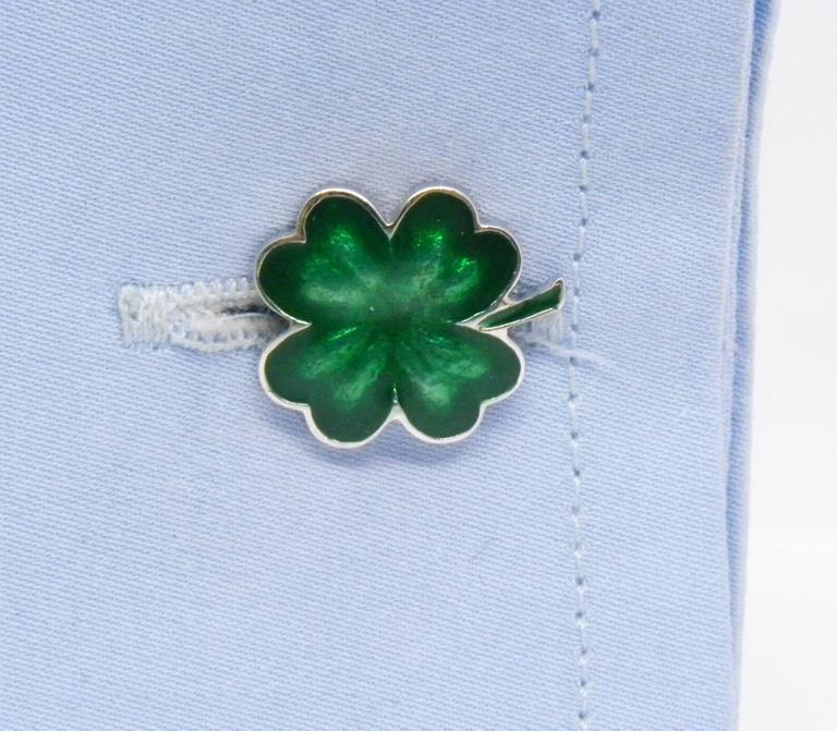 Contemporary Green Hand Enamelled Cloverleaf Sterling Silver Cufflinks with T-Bar Back For Sale